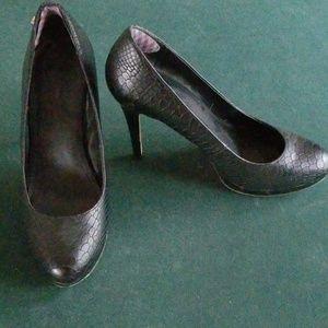 Calvin Klein black alligator type high heels